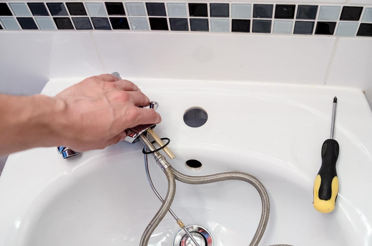 Fuite d'eau, comment trouver un plombier sérieux ?