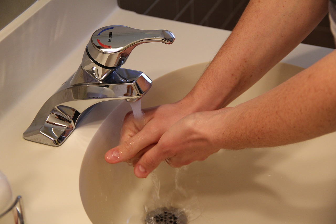 Que faire pour déboucher seul son évier ?